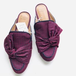 A New Day Natalee Bow Backless Mules- Size 6